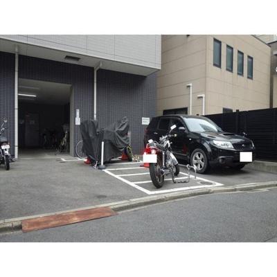 駐車場・バイク置き場もあります