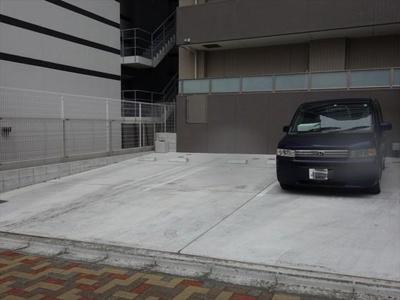 【駐車場】シュトルツ栄
