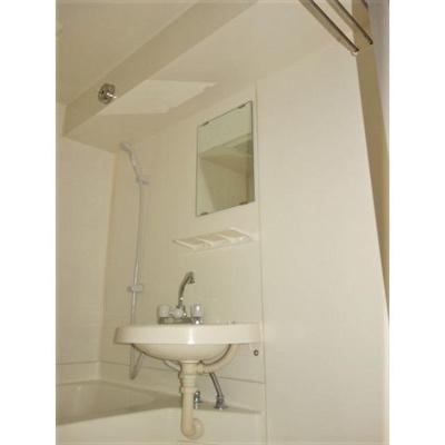 浴室内の棚など便利です★