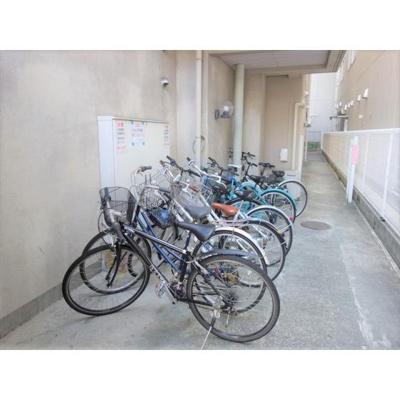 駐輪場スペースもばっちり!オートバイ置き場もあり!