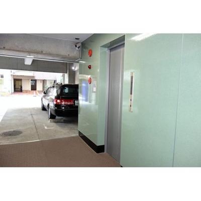 駐輪場&エレベーターあります!