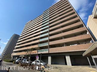 【ローレルスクエア尼崎ルネ・ガーデンテラス】地上22階建 総戸数463戸 ご紹介のお部屋は17階部分です♪※令和3年3月リフォーム完成しました。