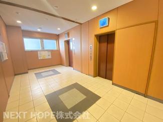 エレベーターは2基ございます♪ホテルのエレベーター見たいですね♪