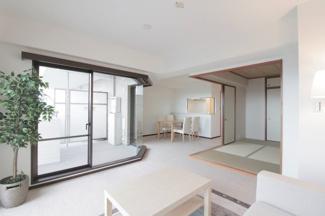 【ラ・ビスタ宝塚ノースハイツ一番館】地上15階地下1階建 総戸数297戸 ご紹介のお部屋は11階部分です♪※只今リフォーム中です!
