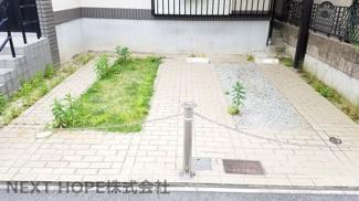 駐車スペースは並列駐車2台分有りです♪セカンドカーも駐車できますね(^^)