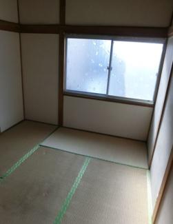 2階和室です♪リフォームをして新しい生活をここから始めませんか?
