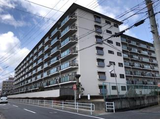 【ローレルハイツ宝塚壱号棟】地上7階建 総戸数231戸 ご紹介のお部屋は2階部分です♪