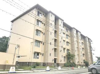 【田能住宅1号棟】地上5階建 総戸数80戸 ご紹介のお部屋は最上階5階部分です♪