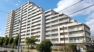 【宝塚エリー】地上15階建 総戸数302戸 ご紹介のお部屋は4階部分角部屋です♪