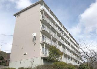 【中山五月台住宅20号棟】地上5階建 ご紹介のお部屋は3階部分です♪収益物件です!