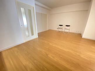 室内中央のLDKです♪広く快適な室内です!お家時間もゆったりと過ごせますね(^^)ぜひ現地でご確認ください(^^)お気軽にネクストホープ不動産販売までお問い合わせを!!
