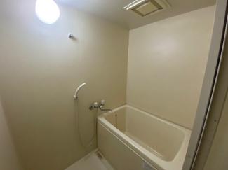 浴室です♪一日の疲れを癒してくれます!!ぜひ現地でご確認ください(^^)お気軽にネクストホープ不動産販売までお問い合わせを!!