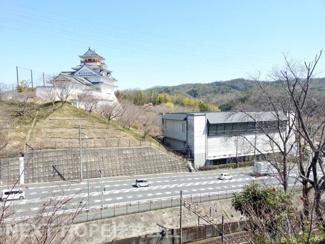 物件からの眺望です♪お城が見えます(^^)緑豊かで季節を感じられる眺望です!1