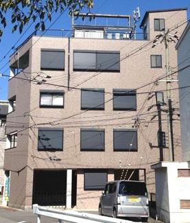 尼崎市長洲西通1丁目一棟ビルです♪ 平成15年11月建築!JR「尼崎」駅徒歩3分の好立地です!