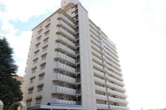 【日興宝塚南口スカイマンション】地上14階建 総戸数107戸 ご紹介のお部屋は8階部分です♪