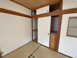 和室です♪押入れがあるので室内を有効に使用していただけます!!