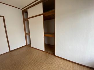洋室6帖の収納です♪室内を有効に使用していただけます!