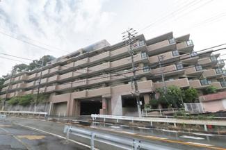 【ヴェルビュ川西】地上6階建 総戸数29戸 ご紹介のお部屋は1階部分です♪