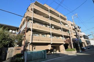 【パールヒル尼崎】地上6階建 総戸数17戸 ご紹介のお部屋は5階部分角部屋です♪ いつでもご内覧していただけます(^^)