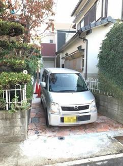 駐車スペースです♪軽自動車駐車可能です!!