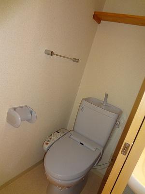 温水シャワートイレ