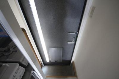 【玄関】ルミエールモトヤマ