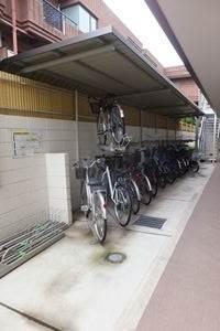 ☆屋根付き自転車置き場☆