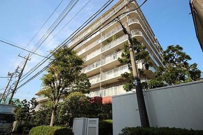 JR京浜東北線「大森」駅、京急本線「平和島」駅徒歩圏内のマンション。