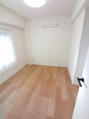 5.0帖の洋室は主寝室にいかがでしょうか。