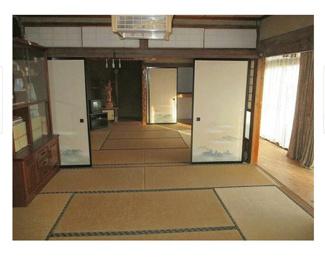 8帖の和室が2部屋です