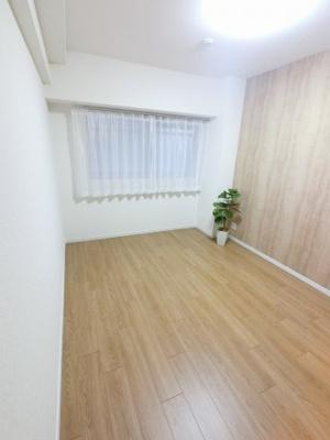 6.5帖の洋室は主寝室にいかがでしょうか。