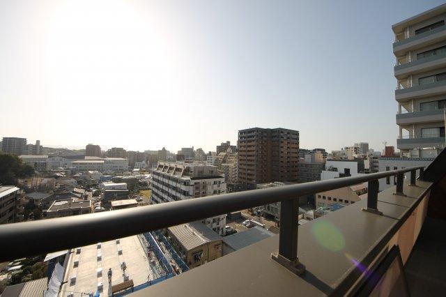 周辺に高い建物・視界を遮る建物がないので眺望◎