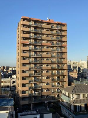 京浜東北線「西川口」駅より徒歩約6分の立地です。