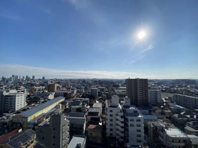 天気の良い日には、新宿副都心・富士山を望むことができます。