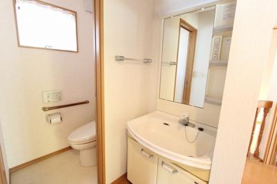 2階 洗面・トイレ