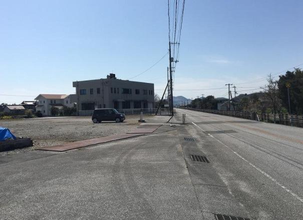【前面道路含む現地写真】南国市上末松