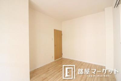 【寝室】ハイツ3ON3
