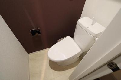 ★トイレは洗浄便座です★