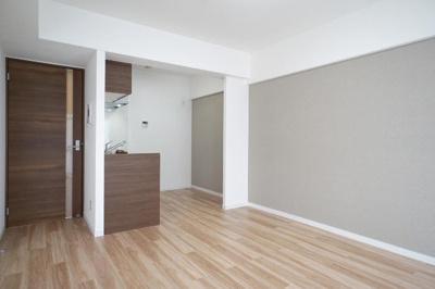 新規リフォームで綺麗なお部屋や水回りに生まれ変わりました。