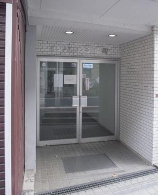 オートロック導入のセキュリティにも配慮されたマンション。