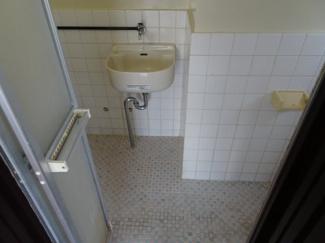 コンフォート竜泉 冷蔵庫置き場 ※写真は同タイプのお部屋です ※写真は同タイプのお部屋です