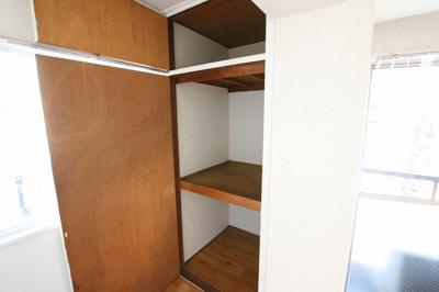 コンフォート竜泉 洋室4帖にある収納スペース ※写真は同タイプのお部屋です
