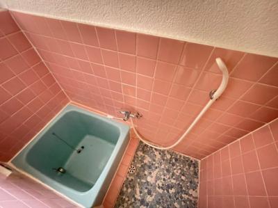 【浴室】旭ヶ丘3丁目貸家