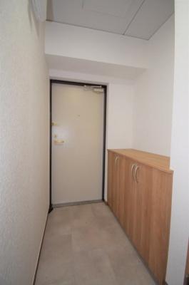 玄関にはシューズボックスもあります。