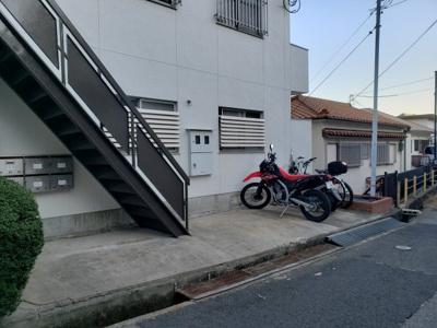 駐輪場☆神戸市垂水区 メゾン旭が丘☆