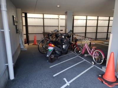 駐輪場☆神戸市垂水区 ヘイジーヒル 賃貸☆