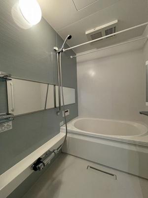 ※参考写真※追い焚き機能・浴室暖房乾燥機付きバスルーム♪お風呂に浸かって一日の疲れもすっきりリフレッシュ♪
