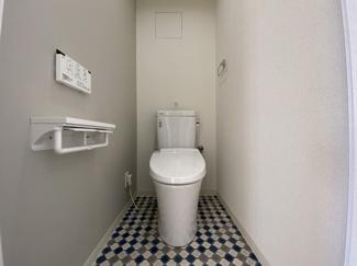 高機能トイレも新品交換しています。快適なトイレ空間に!