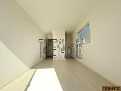 【同社施工事例写真】収納豊富な間取りです!2階居室にはウォークインクローゼット確保!居住空間を広々と活用できます!