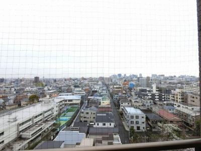 11階部分からの眺望です。 前面に遮るものがなく開放感がございます。